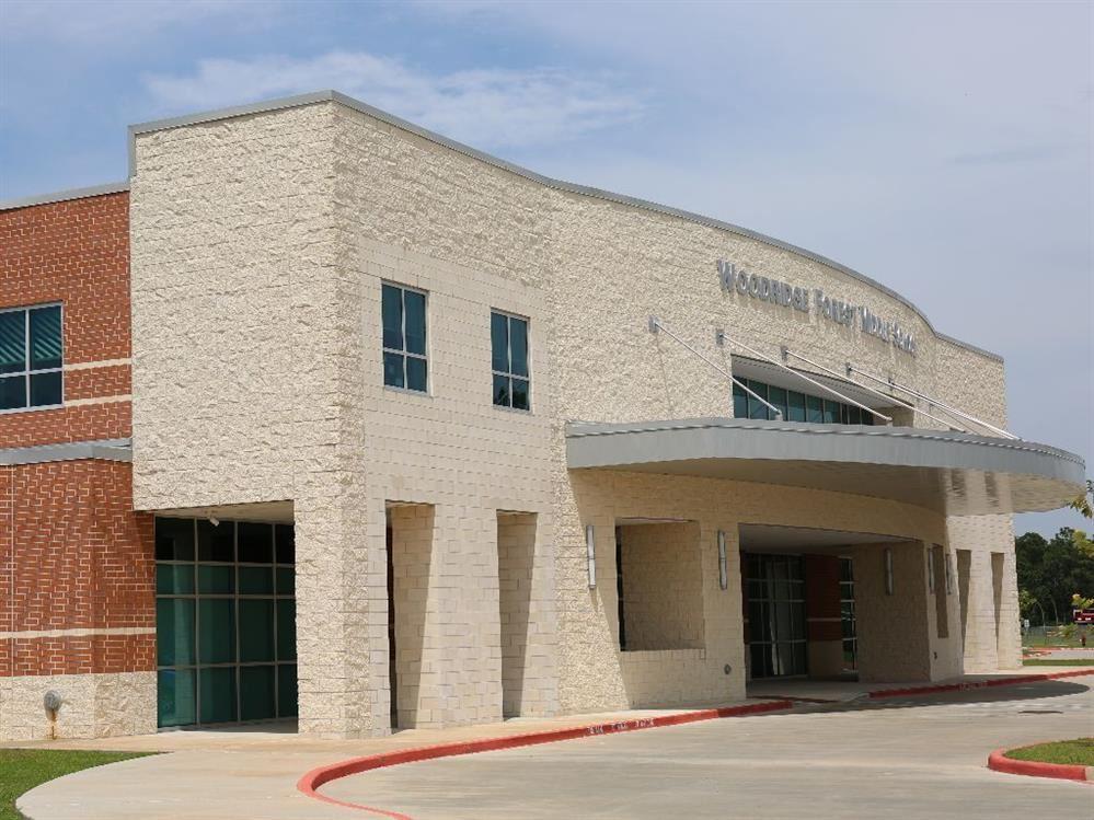 Woodridge Forest Middle School / Homepage